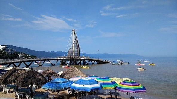 Puerto-Vallarta-Los-Muertos-Beach-and-Pier