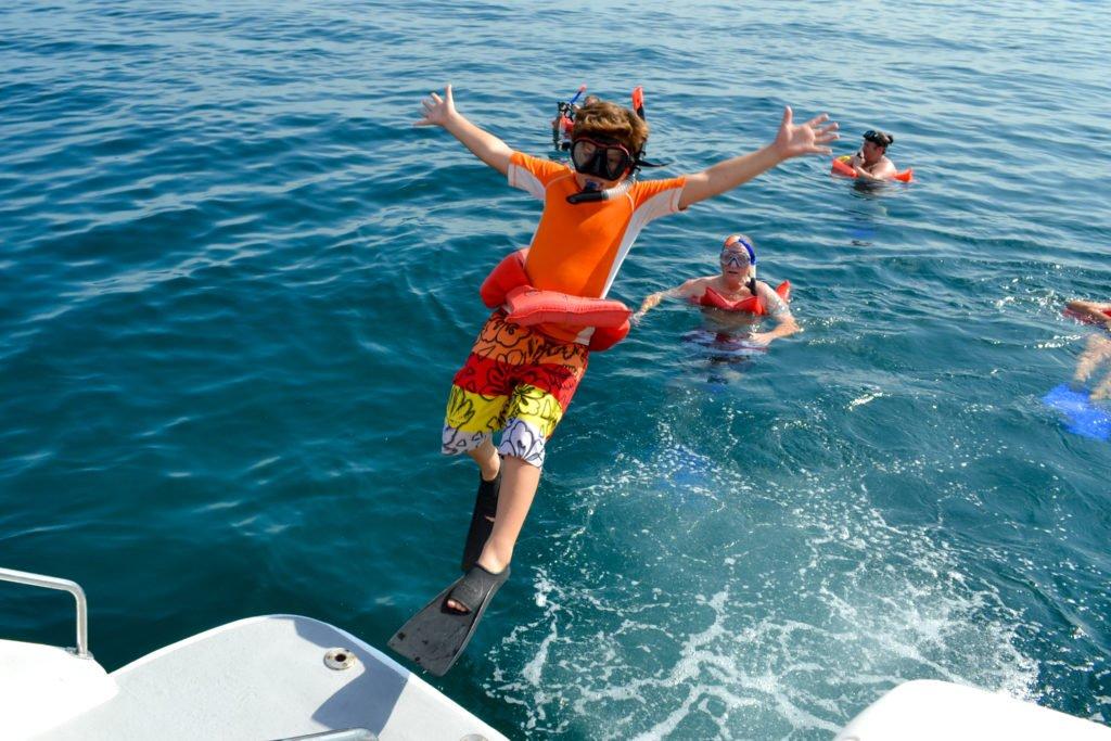 Sightseeing & Snorkeling Tour 9