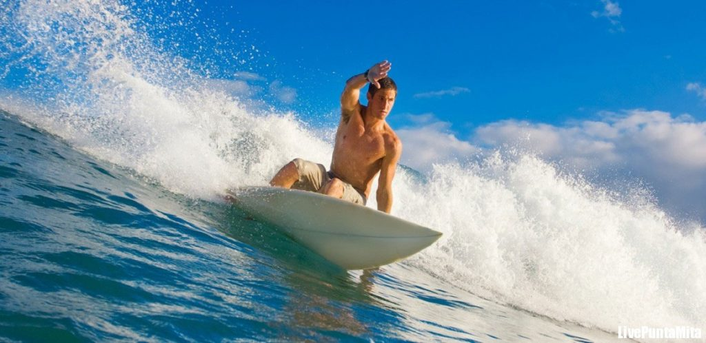 surfing in Punta Mita