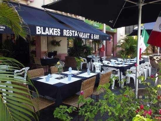 Blake's-Restaurant-and-Bar---Canadian-owned-restaurant