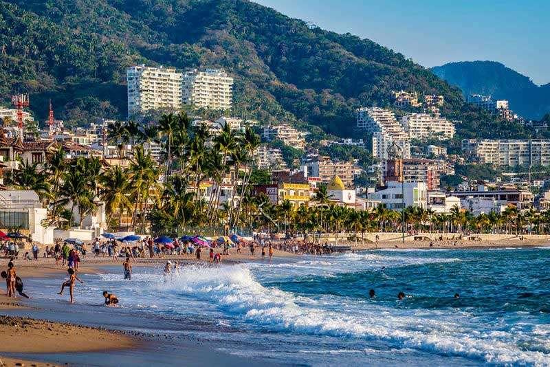 Playa Camarones - Hotel Zone - Puerto Vallarta