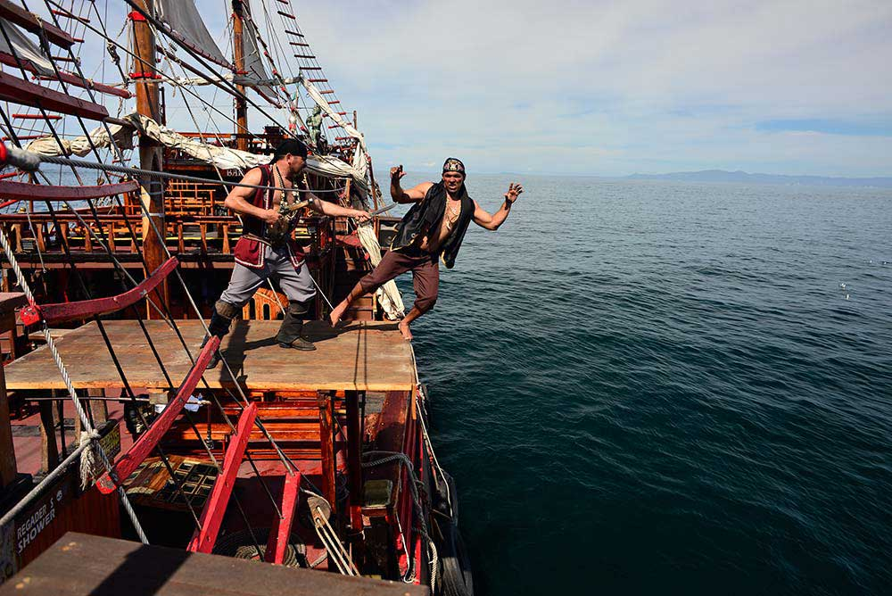 summer fun in Puerto Vallarta on the Pirate ship