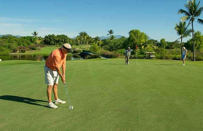 Flamingos Golf Course