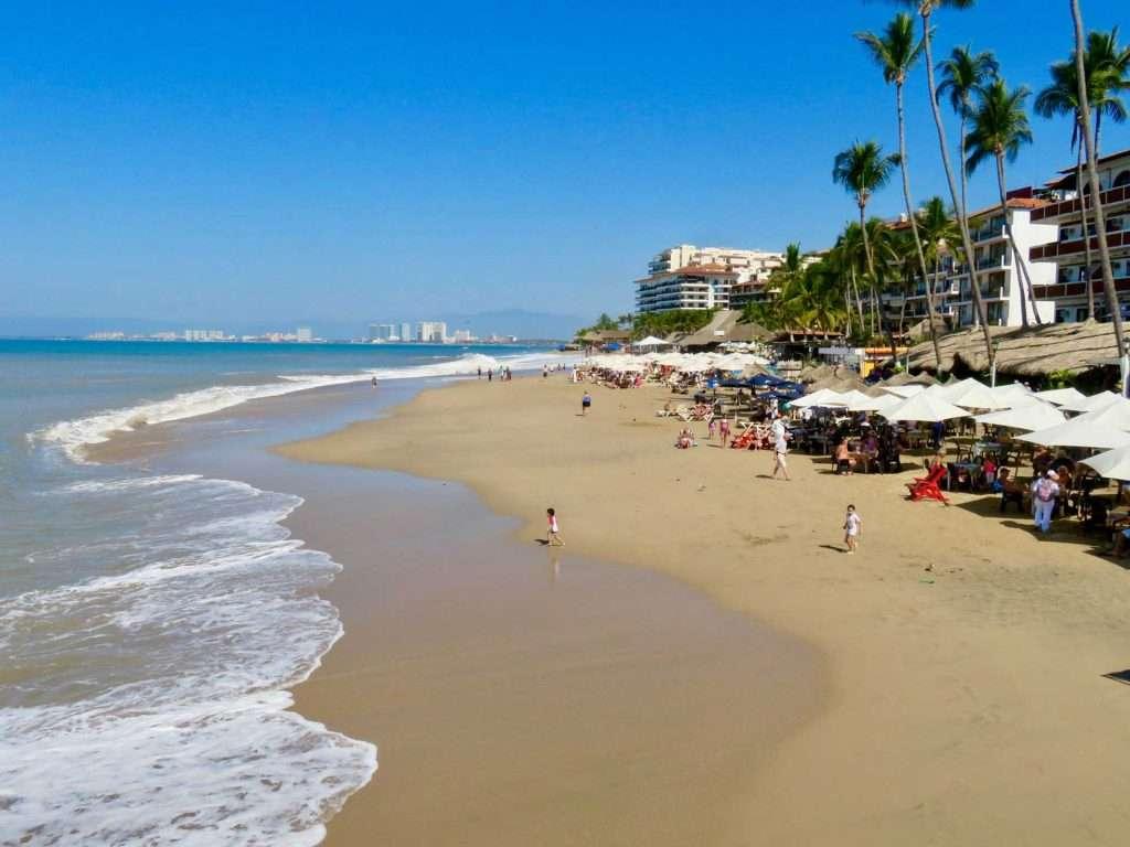 Beaches-in-Puerto-Vallarta