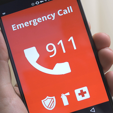 emergency-911-call-on-smartphone
